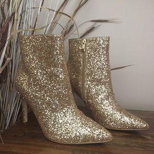Brand new Renvy glitter booties!
